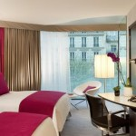 5719_Renaissance_Paris_Arc_De_Triomphe_Hotel