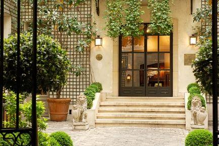 hotel_relais_christine_exterior_paris_france
