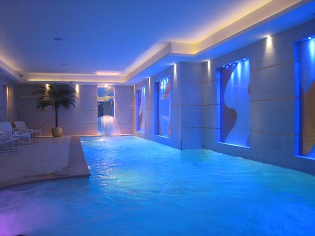 original_Lovely Pool-Le Burgundy Hotel-Paris France